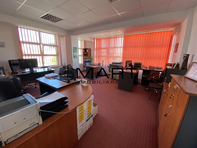 Spatiu birouri 130mp zona Calea Dumbravii